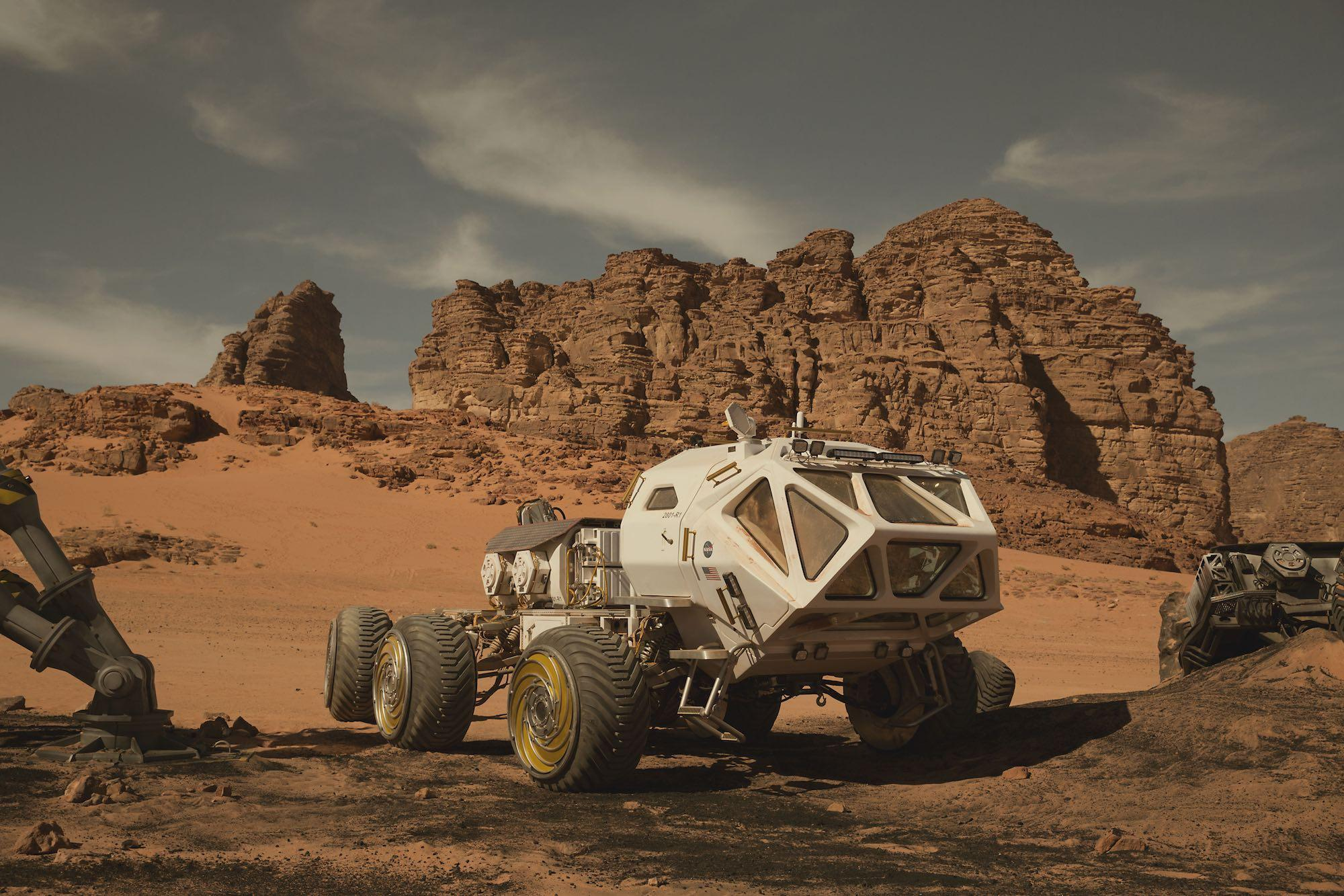 what makes the mars rover and explorer - photo #35